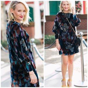 Ann Taylor Cuffed Floral Velvet Shift Dress